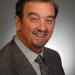 Dr. Robert Belniak headshot